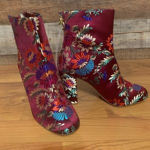 Joie burgundy floral boots, size 37 NWOT